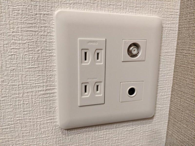 LANコンセント 工事前